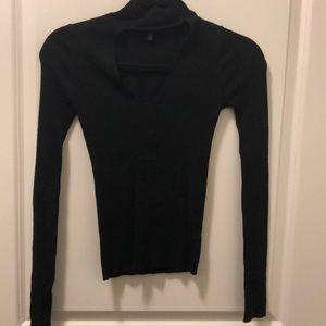 Black long sleeve sweater with choker